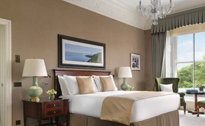 Shelbourne Hotel - a luxury hotel close to Dublin Port